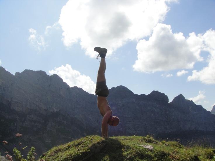 Handstand 1 s